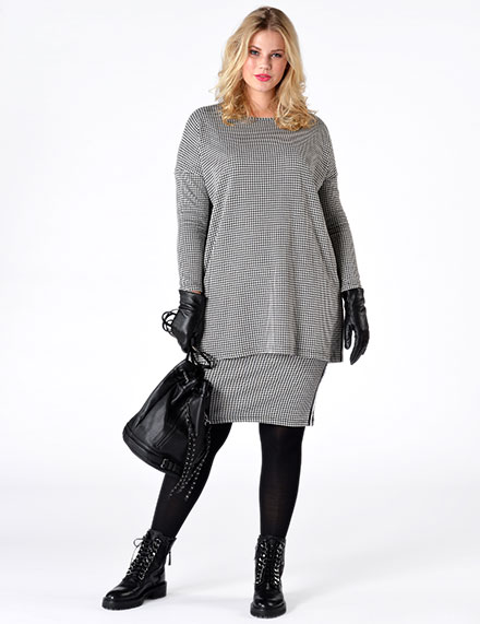 Yoek Plus Size Fashion Parisian Chic